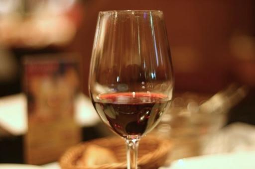 ボジョレーヌーボー ワイン イタリアン バル 肉