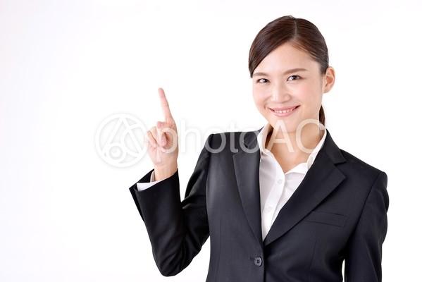 スーツ姿の女性40の写真