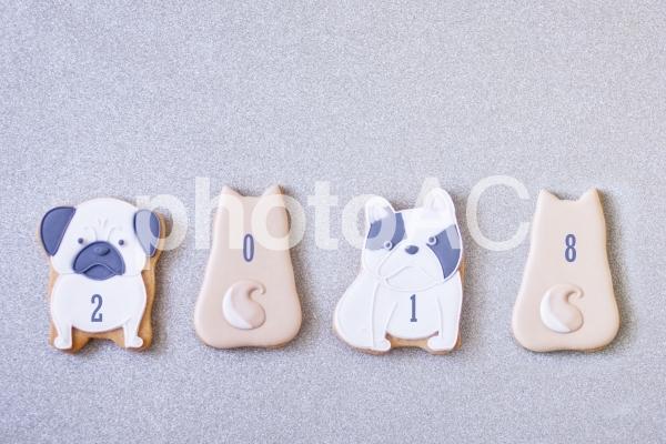 犬のアイシングクッキーの写真