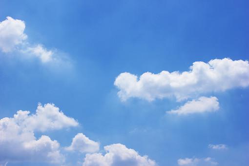 青空 空 雲 青 自然 風景 景色 白 プカプカ もくもく ふわふわ お天気 晴れ 快晴 明るい 昼 さわやか 爽やか 気象 清々しい 大空 SKY 背景 背景素材 屋外 外