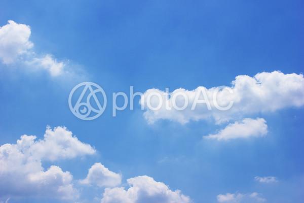 雲と青空の写真