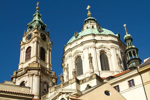 外国風景 外国 海外 チェコ チェコの町並み 中欧 東欧 欧州 ヨーロッパ   観光地 旅行 観光  風景 景色 名所 町並み  チェコ共和国 ボヘミアン プラハ 世界遺産 世界遺産プラハの歴史地区 旧市街 文化遺産  ゴシック様式  王宮 プラハ城 中庭
