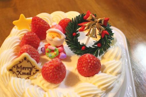 クリスマス クリスマスケーキ ケーキ おやつ 甘い 生クリーム ショートケーキ いちご いちごのケーキ サンタ サンタさん リース 星 チョコレート お祝 X'mas christmas merrychristmas 砂糖菓子 日本 japan