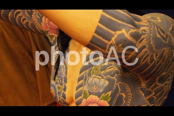 和彫り 人形の写真
