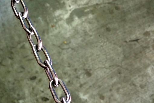 くさり 鎖 chain チェーン 工場 廃墟 跡地
