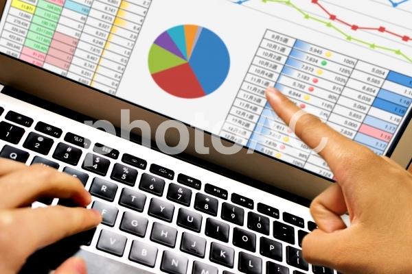 資料 管理表 チームワークの写真
