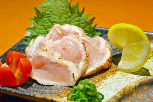 タタキ 鶏 鶏肉 鶏タタキ 鳥 とり とり肉 生 生もの ささみ ササミ 造り 刺し身 刺身 レア