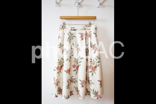 花柄スカートの写真