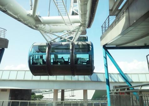 観覧車 ゴンドラ テーブル席 世界最大 シンガポール シンガポール・フライヤー フライヤー 黒川紀章 設計