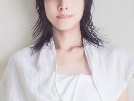 お風呂上りの女性の写真