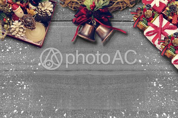 クリスマスリースのフレーム3の写真
