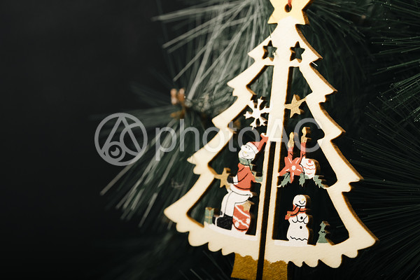クリスマスツリー型のオーナメント4の写真
