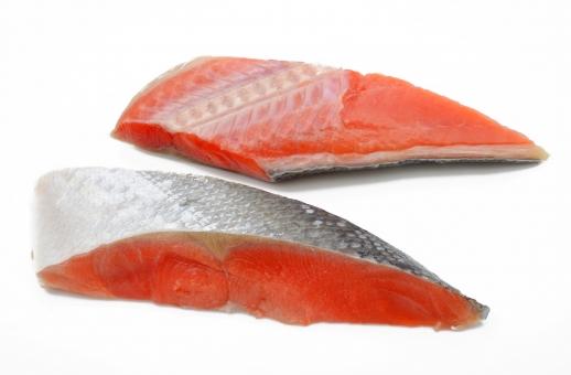 天然紅鮭 天然 紅鮭 鮭 しゃけ シャケ ロシア産 魚 アスタキサンチン 赤 赤身 サケ目サケ科 紅色 水産資源 塩鮭 がん予防