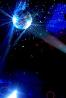 ミラーボール ディスコ ステージ ダンス クラブ ライブハウス 照明 照明効果 ブルーライト ライト 夜更かし 青春 夜遊び disco blue  stage カラオケ 舞台 音響