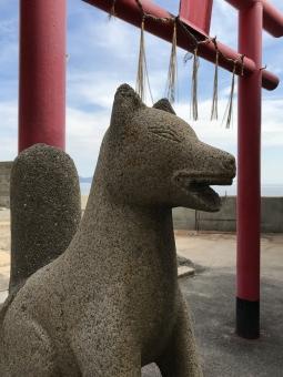 稲荷神社きつね石像01の写真