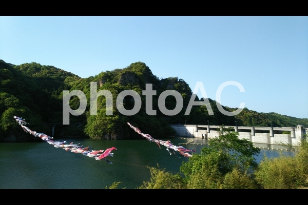行入ダムの写真