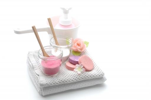 入浴剤 バスソルト 入浴 タオル 風呂 お風呂 スパ リラックス スキンケア カラフル バスタイム 美容 健康