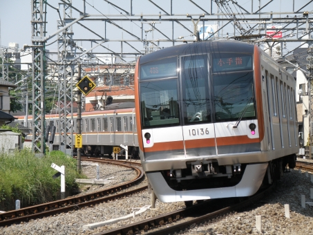 電車 有楽町線 西武池袋線 乗り物 旅行 通勤