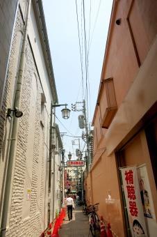 ビルディング 都会 東京 tokyo 16 裏道 細道 小道 裏通り 北口 自転車
