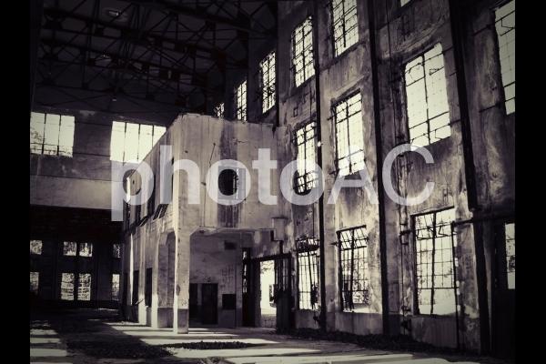 工場跡地(モノクロ)の写真