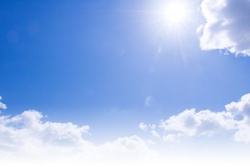 空と雲と太陽2の写真
