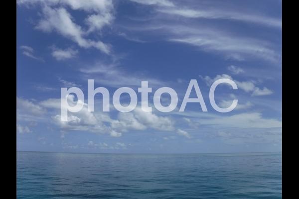 オーストラリア グレートバリアリーフ 海と空 3の写真