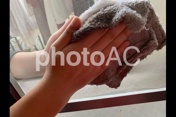 網戸掃除の写真