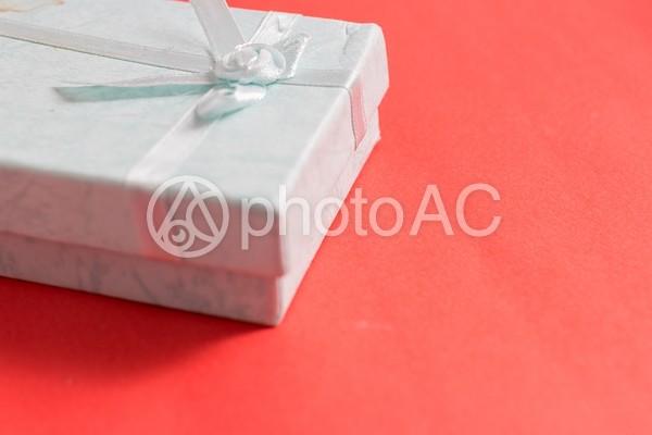 白い箱のギフト5の写真