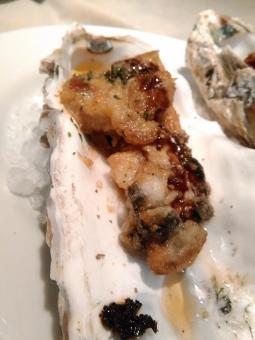 牡蠣 オイスター 焼牡蠣 セレブ 金持ち リタイア リタイヤ リッチ セミリタイア セミリタイヤ 和食 イタリアン フレンチ 海鮮 魚介 おいしい oyster 岩牡蠣 deshuitre celeb groume rich 殻つき フォアグラ foisgras