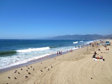 サンタモニカ 海 ビーチ ロサンゼルス アメリカ la ロス カリフォルニア 砂浜 波打ち際 海水浴