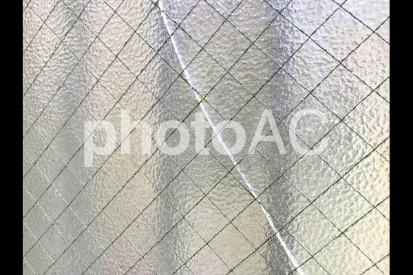 ガラスのヒビ割れの写真