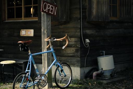 カフェ パン屋さん 自転車 サイクリング ポタリング 撮影 カメラ 蒜山 高原 草原