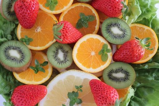 いちご ミント キウイフルーツ キウイ オレンジ 果物 グレープフルーツ レタス 野菜 フルーツ 苺 デザート 春 初夏