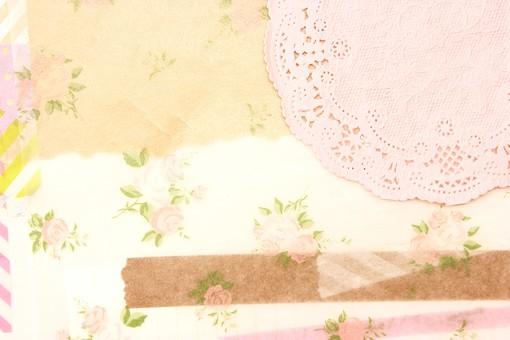 マスキングテープ 紙 メモ クラフト フレーム 余白 カラフル ポップ 額 額縁 バックグラウンド 背景 背景素材 枠 雑貨 手紙 レター ステーショナリー 道具 ライフスタイル コラージュ デコ カード スクラップブッキング デザイン アート 楽しい 明るい 破る ちぎる 切り抜き テキストスペース コピースペース シール 花 ピンク バラ 薔薇 ローズ レース レースコースター 可愛い ファンシー ロマンティック フェミニン
