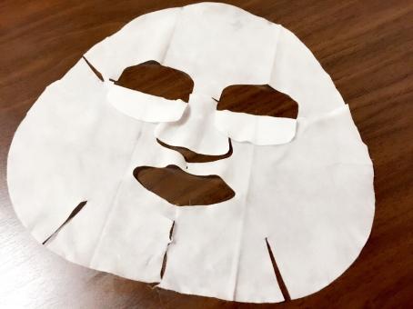 フェイスマスク 美容 ビューティー マスク オールインワン 高価 贅沢 美容液 潤い 保湿 潤う フェイスカバー パック フェイスパック 美容パック コットン 化粧品 シート 美容シート フェイスシート 穴 机 顔 フェイス