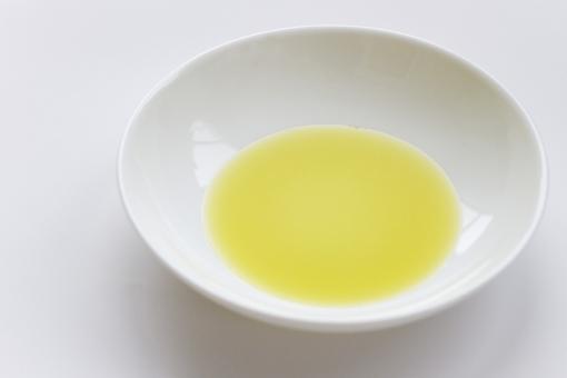 精油 リフレクソロジー マッサージ アロマオイル 油 オリーブオイル 癒し ボディオイル エステティック エステ ボディケア ハンドケア アロマテラピー 美容 健康 ヘルスケア リラックス