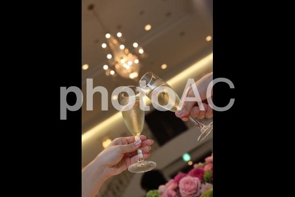 幸せの乾杯の写真