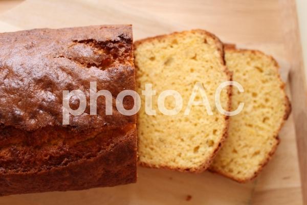 手作りパウンドケーキの写真
