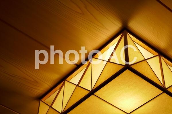 日本的な照明の写真