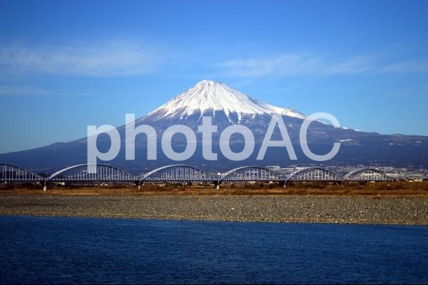 富士川越の富士山の写真