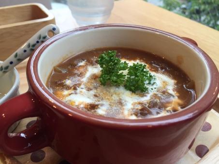 ビーフストロガノフ 牛肉 スープ カレー ランチ カフェ おいしい 美味しい 熱い ホカホカ 冬 トロトロ 温まる 料理 食事