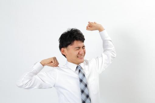 人物 生物 人間 男性 若い 青年 アジア アジア人 日本 日本人 ポーズ モデル スーツ ビジネス ワイシャツ ネクタイ バストアップ 上半身 ボディランゲージ 示す 伝える 意志 コミュニケーション  伸び リラックス 肩こり 一息 mdjm002