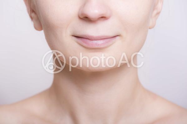 女性の口元3の写真