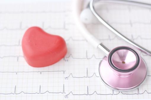 医療 健康 病気 聴診器 心臓 心電図 医者 循環器 心臓病 健康診断 検診 健診 心筋梗塞 狭心症 不整脈 検査