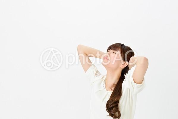 頭を抱える女性3の写真