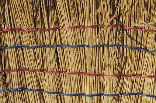 テクスチャ テクスチャー 素材 壁紙 背景 パターン バック バックグラウンド 藁 稲 小麦 茎 乾燥 干し草 工芸 日用品 ほうき 箒 紐 束ねた 連続 縦じま 自然 天然 ナチュラル エコ