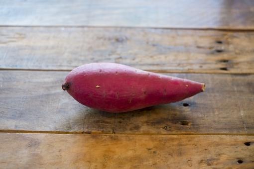 サツマイモ さつまいも さつま芋 薩摩芋 芋 いも イモ 秋の野菜 秋 野菜 ヤサイ やさい potato sweetpotato
