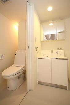 マンション 室内 部屋 インテリア トイレ 洗面台 住まい 空間 住宅 モデルハウス モデルルーム お手洗い