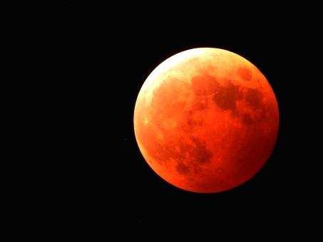 月 天体 お月様 ムーン moon 空 満月 十五夜 望月 皆既月食 月食 赤い月 フルムーン 夜 夜空 月夜 光 月光 クレーター 月面 天体観測 宇宙 衛星 風景 お月見 天体ショー ムーンライト スカイ 背景 自然