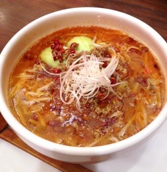 中華 中華料理 麺 麺料理 ラーメン 担々麺 辛い 料理 おいしい